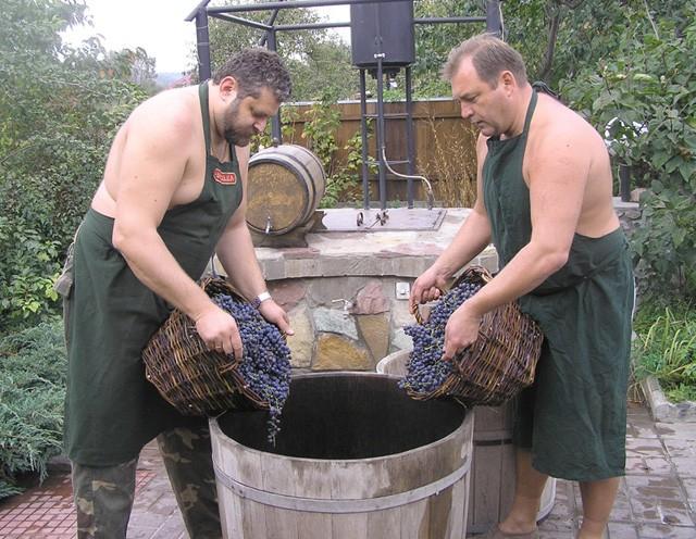 Приглашаем в мужской клуб виноделие в