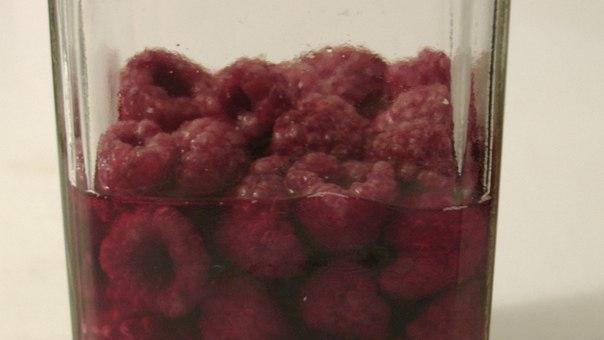 Как сделать настойку из замороженной смородины6
